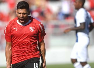 Silvio-Romero-gol